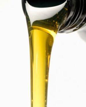 Эфирные масла с феромонами и масло для массажа