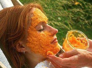 Морковная маска для лица помогает бороться с преждевременным старением