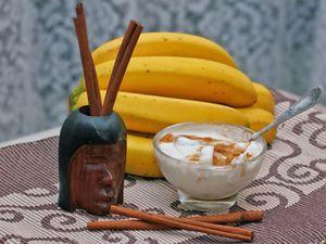 Банан питает, смягчает и насыщает кожу