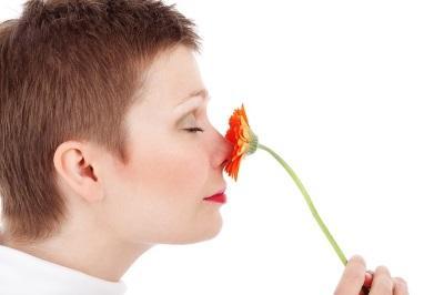 Симптоматика и причины локализации бородавок в носовой полости