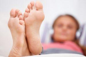 сухие бородавки на ногах