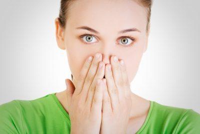 Белые пузырьки во рту у грудничка